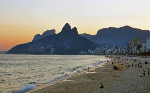 1_ipanema_beach_vidigal_sunset (1)